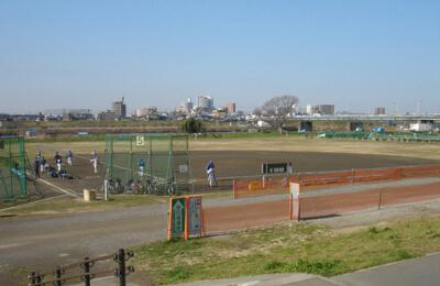 多摩川緑地野球場