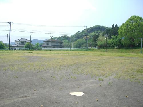 富山平群運動場