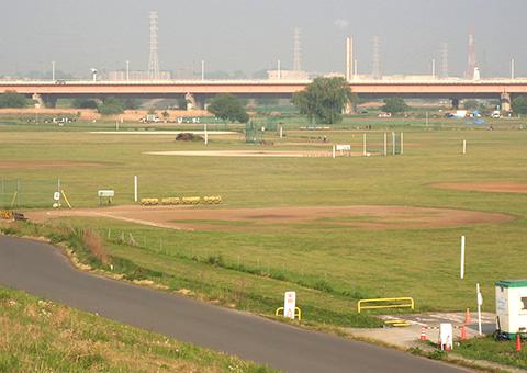 荒川戸田橋緑地(戸田少年野球場)