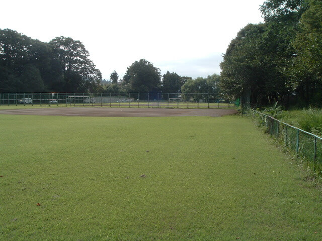秋川グリーンスポーツ公園(野球場/テニスコート)