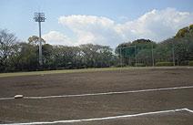 岡村公園(野球場/テニスコート)
