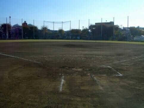 岡野公園野球場