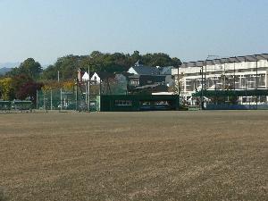 吉田取方総合運動公園(野球場/サッカー場/テニスコート)