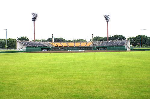 幸手総合公園(ひばりヶ丘球場)