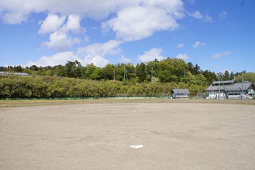 中之沢野球場
