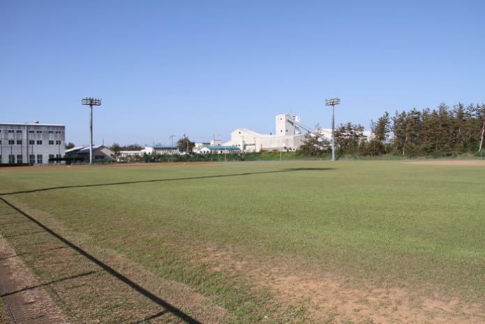 柏崎市荒浜運動場野球場